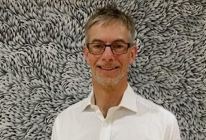 Piers Robertson (300x204)